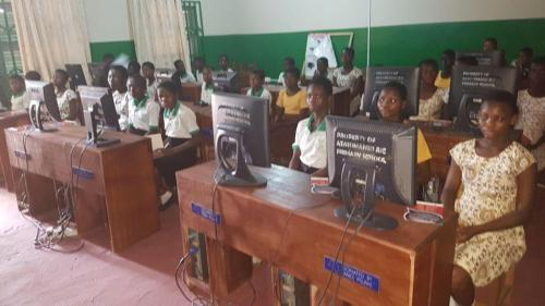 Desks For students (20)
