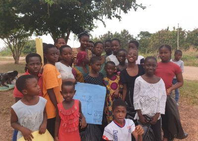 Kloe Kares - Giving Tuesday (9)